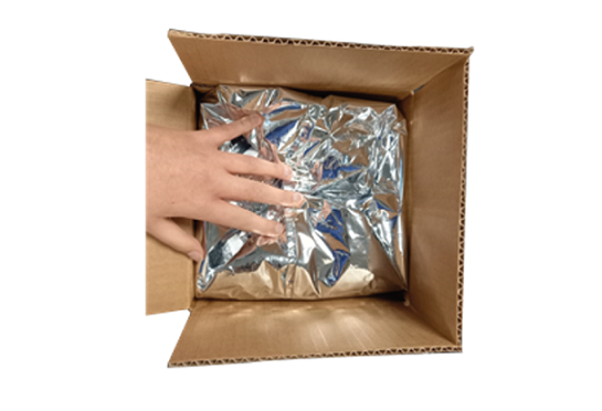 Professional isothermal packaging dedicated to the delivery of fresh or heat-sensitive products, performing, allowing a temperature maintenance between 24H and 48H. Delivery of refrigerated cardboard box or thermal pouch.