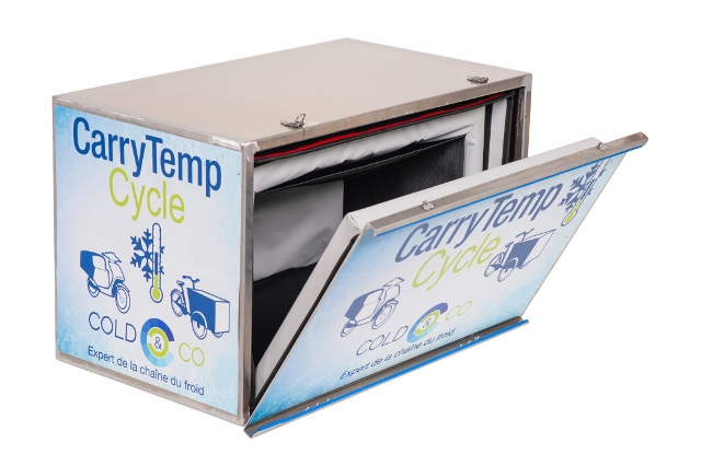 The COLD & CO CarryTemp Cycle is a range of small refrigerated box suitable for cycle: cargo bike, bike trailer, 3-wheel motorcycle. With ATP certification deliver your customers in fresh and frozen goods in full guarantee! Ideal for the delivery of catering products, sushi, and hot or cold meals at home.
