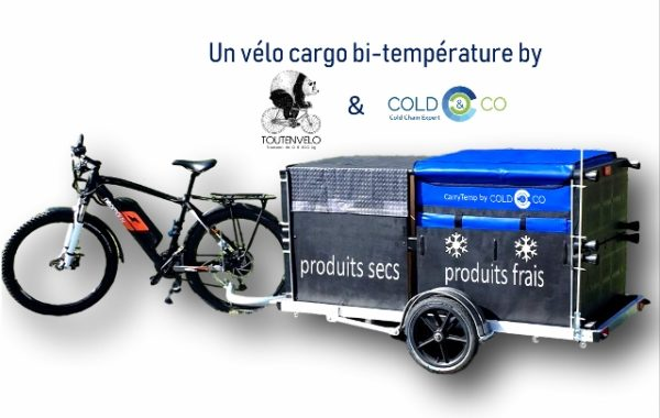 Bi-temperature bicycle trailer with dry container and refrigerated isothermal container CarryTemp classic 246L