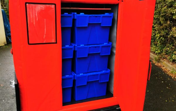 Fraischeztoi.fr delivers 6 fresh crates by bike with the insulated container COLD & CO XL6.