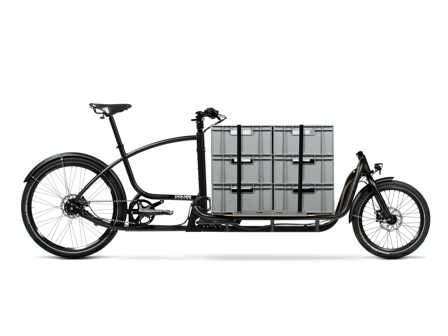 Insulated case transport with cotton insulating insert in two-way cargo bike Douze Cycles.