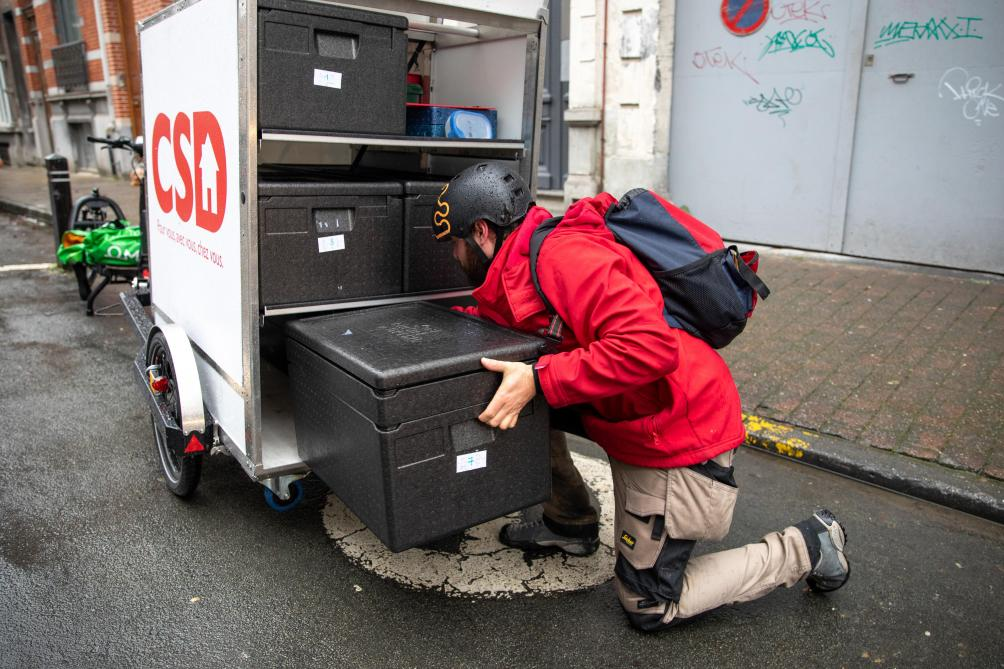 Zero emission last-mile delivery of fresh product with insulated boxes Distrifresh from COLD & CO.